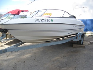 18′ Bayliner Bow Rider w/125 Mercury Outboard – Lake Winnipesaukee Boat Rentals