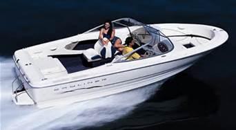 21′ BAYLINER BOW RIDER 5.0/220HP MERCRUISER – Lake Winnipesaukee Boat Rentals